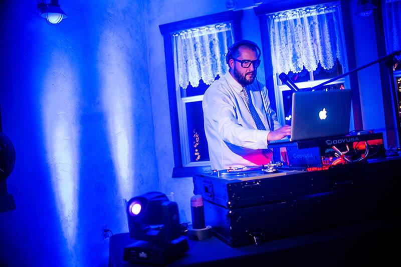 Yuma DJ's and Bands for Yuma Weddings